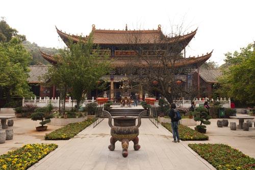 Kunming-Temple-Bambous-Yunnan-Chine-